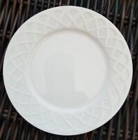 "Oneida PICNIC Salad or Dessert Plates White Basket Weave 7.5"" Set of 4"