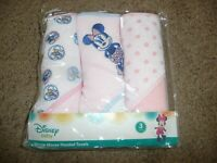 NEW Disney Minnie Mouse Infant Baby Girls Set Of 3 Hooded Soft Bath Towels Pink