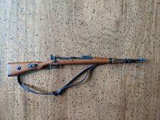 1:6 Scale DID D80127 WWII German Gunner Ver C Curtis - K98 Rifle (Metal & Wood)