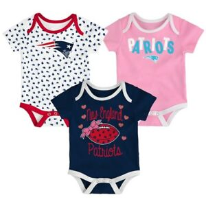 New England Patriots NFL Baby Heart Fan 3-Pack Bodysuit Set Size 0/3 Months, NWT