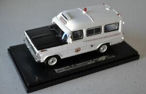 1/43 1971 Ford F100 Ambulance Victorian Civil Service