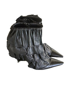 2000s Boots Pointed Toe Stiletto Heel Leather Ruffled Sz 9 Les Tropeziennes