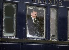 PHOTO LE CRIME DE L'ORIENT-EXPRESS  JOHNNY DEPP   (P1) FORMAT 20X27 CM