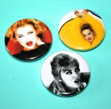 SET OF 3 1990S STYLE KYLIE MINOGUE POP MUSIC BUTTON PIN BADGES