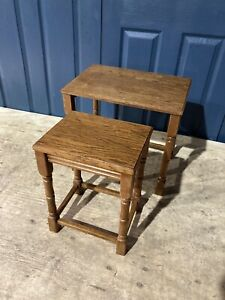 2 Vintage Oak Nesting Tables Side Occasional Lounge Coffee turned Tables #L