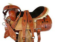 TRAIL HORSE GAITED WESTERN SADDLE 15 16 PLEASURE SHOW FLORAL TOOLED TACK SET