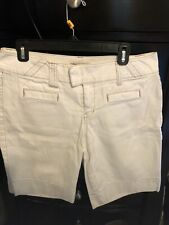 """CAbi Jeans Shorts Size 8 Off White 35"""" Waist"""