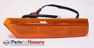 Genuine Nissan Xterra 2002-2004 RH Passenger Right Side Marker Lamp Light NEW