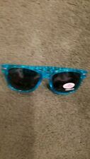 New Unisex Sunglasses Blue Geico with small white Geckos on Temples/Arm