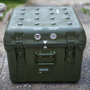 Maibach GFK Kiste Bundeswehr Box Flightcase Transportbehälter Militär 50x50x40cm