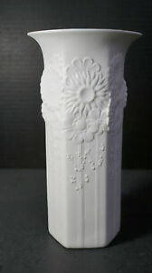 """Vase All White Bisque Relief Daisy Flowers 10"""" MCM Retro Style Kaiser"""