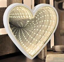 White Infinity Mirror Heart Shape 3D Effect Mirrors 44 Led Warm-White Lights