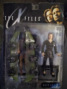 The X Files Agent Dana Scully Series 1 1998 Action Figure McFarlane Toys NIP