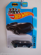 HOT WHEELS 2013 THE BATMAN BATMOBILE HW CITY 61/250