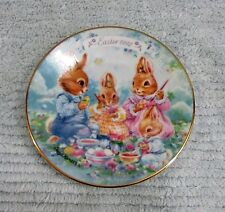 1992 Avon Easter Plate Colorful Moments 22K Gold Trim Bunny Family Eggs Free S/H
