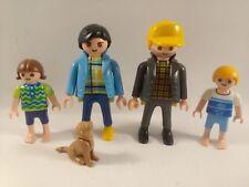 sympa famille avec chien   playmobil ( maison , personnage , enfant  ) 0192