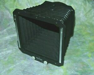 Rolleiflex Rollei SLX Pro Shade For 80 mm,120 to 250 mm lenses Made In Germany