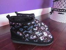 Victorias Secret PINK Faux Fur Fuzzy Boots Sequin Black  Animal Print size:5-6-S