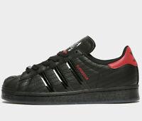 Adidas Originals Superstar Star Wars ® ( GS Sizes UK 4 & 5 ) Black / Scarle NEW