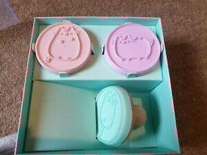 Official Pusheen the Cat Cookie Stampers Baking Stampurrs