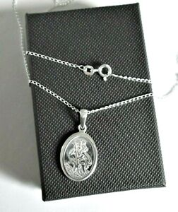 (Mens)  Stirling silver *St Christopher* Pendant Necklace  *in a gift box*