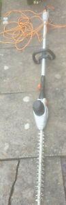 Vonhaus Long Reach Pole Hedge Trimmer Cutter Extendable Extending
