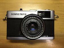 OLYMPUS TRIP 35 CAMERA, CLA'D, SEALS SR. 4940803 - EXC        NO CUSTOMS