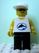 LEGO Minifig div021 @@ Divers - Blue Oval and Black Dolphin Pattern 3041 4267
