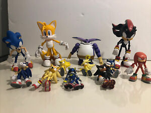 """Sonic the Hedgehog and Friends Assorted 3"""",4"""",6"""" Action Figures Toys Lot of 12"""