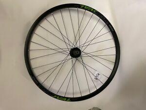 Oval 200 Disc 29 inch Rear Wheel 8-11 speed 6 Bolt, 142x12mm TA 32h Blk/Grn R9G