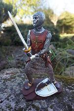 15110  A  FIGURINE  STATUETTE CHEVALIER  ARMURE CROISE TEMPLIER  MEDIEVAL