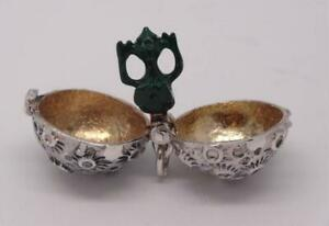"Rare Vintage Design Opening Sterling Silver ""Green Alien"" Charm* Inside planet"