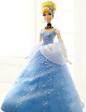 Disney Store Limited Edition Doll Cinderella Mint condition NEW !! beautiful