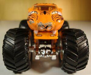 HOT Wheels Monster Jam Prowler mit Chrom Felgen !