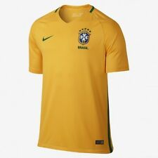 Nike Authentic Men's Brazil CBF Stadium Home Soccer Jersey  Size Medium