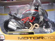 Motos et quads miniatures jaunes pour Ducati 1:12