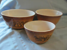 Vtg Pyrex OLD ORCHARD FRUIT Set of 3 Nesting Mixing Bowls Brown/ Dk Brown