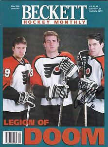 John LeClair Philadelphia Flyers Autographed Beckett Magazine 1996 W/COA B