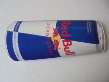 Red Bull Kuehlschrank Dose : Flasche des red bull energie getränks redaktionelles stockbild