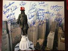 1993 Phillies William Penn Skyline Framed 16 x 20 Signed by All 26 Players