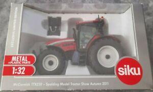 Siku 3269 McCormick TTX230 Hawk 1:32 limited edition spalding (unopened)