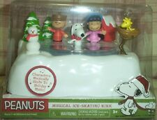 PEANUTS A CHARLIE BROWN CHRISTMAS MUSIC MOTION MUSICAL ICE SKATING RINK POND NEW