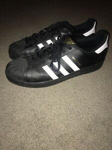 Men's Adidas Superstars Black. Size US 11