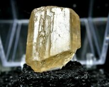 MINERALS : MARIALITE CRYSTAL FROM TANZANIA