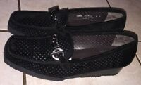 Stuart Weitzman Black Suede W/decorative Onyx Chain Square Toe Loafers Size 7