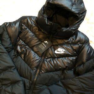 New Nike Men's Down Filled Hooded Puffer Jacket M Black 928833-010 MSRP $180