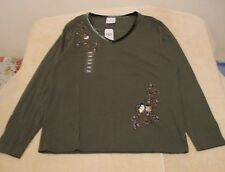 Decorated Originals Sz L Green Knit Top w/Chickadee Embroidery, long sleeves NWT