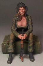 1:35 1/35 Resin WWII Fantasy Modern Russian Tank Girl Figure Model kit