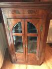 Fine mahogany George III wall mounted corner cabinet, wood inlay, glass front
