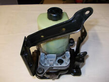 pompe de direction ford focus 2 phase 2 / c-max . ref  RM4M5 J3K514 AA